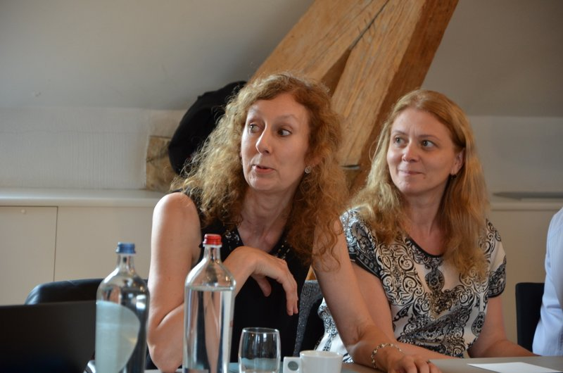 "Joanna Hewitt Evans (U.K.) and Marcela Mogosanu (Roumania) at Colloquium ""Art and/or Science"" - Antwerp, October 2014"